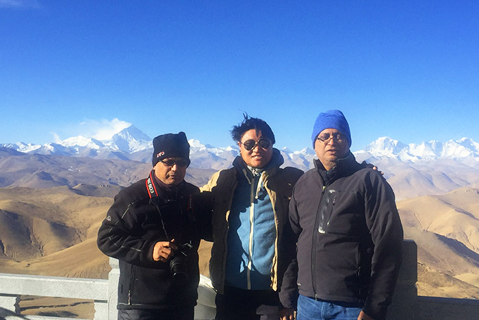 Tourists can enjoy the panorama of Himalaya at Gawula Pass