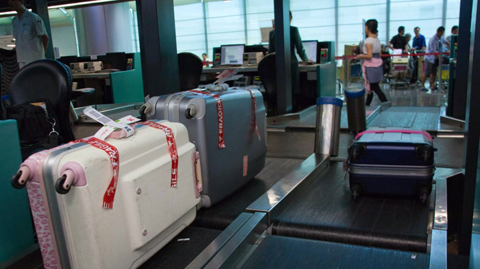 The Check In Luggage Should Be Within 50kg With Volume Of 40x60x100cm
