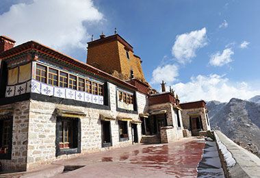 Spectacular view of Pubjoi Monastery