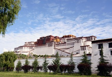 Potala Palace, the religious center of Lhasa