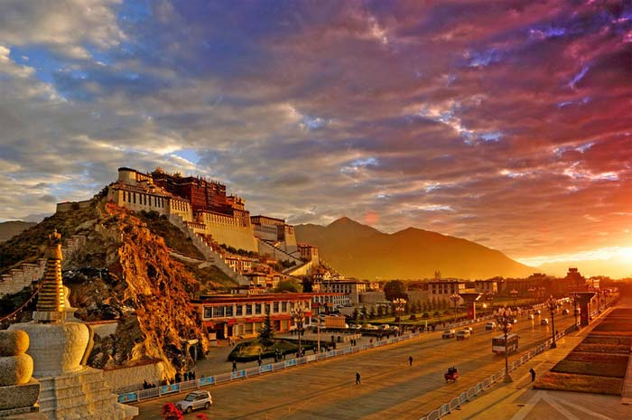 Get up early to shoot the great Potala Palace at sunrise.