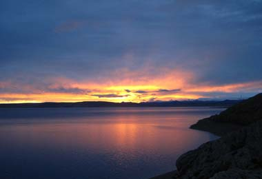 Start your day at Namtso Lake with the breathtaking sunrise.