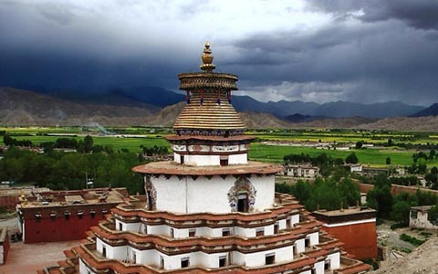8 Days  Central Tibet and Namtso Small Group Tour