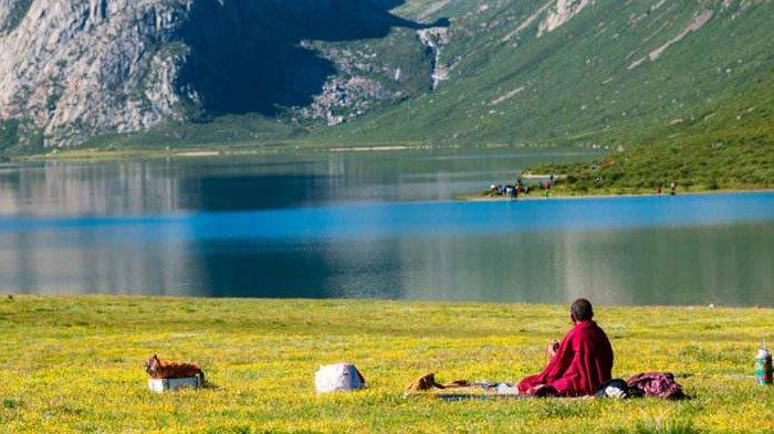 A Beginner's Guide to Tibetan Buddhism | Shambhala