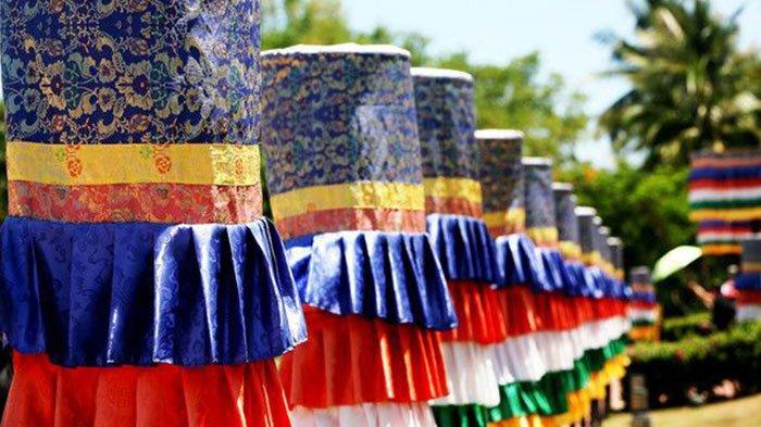 Ceremonial silk parasol