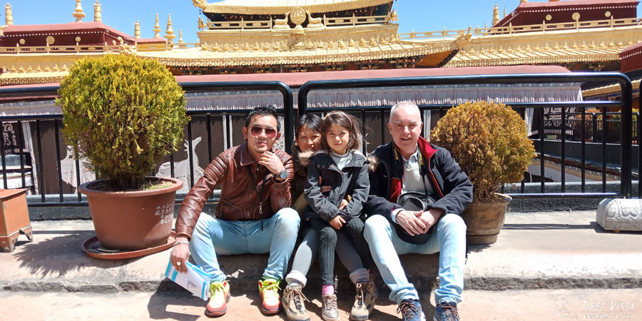 A sunny day with fewer tourists in Jokhang Temple of downtown Lhasa
