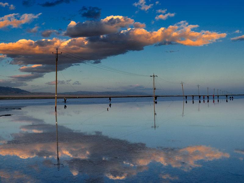 Chaka Salt Lake, Fairyland in Qinghai, has Reopened to the ...