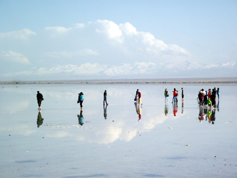 Chaka Salt Lake, Fairyland in Qinghai, has Reopened to the ...