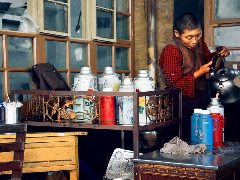 Tibetan sweet tea house