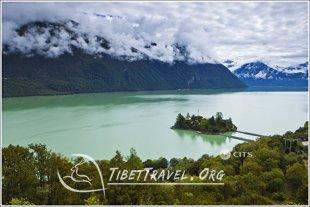 Hongkong to Tibet Travel through Nyingchi with Low Altitude