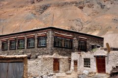 Tibet's traditional architecture – folk house