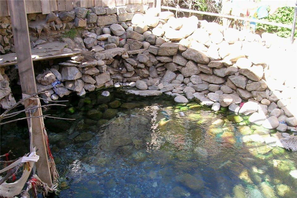 Mangpu Hot Spring